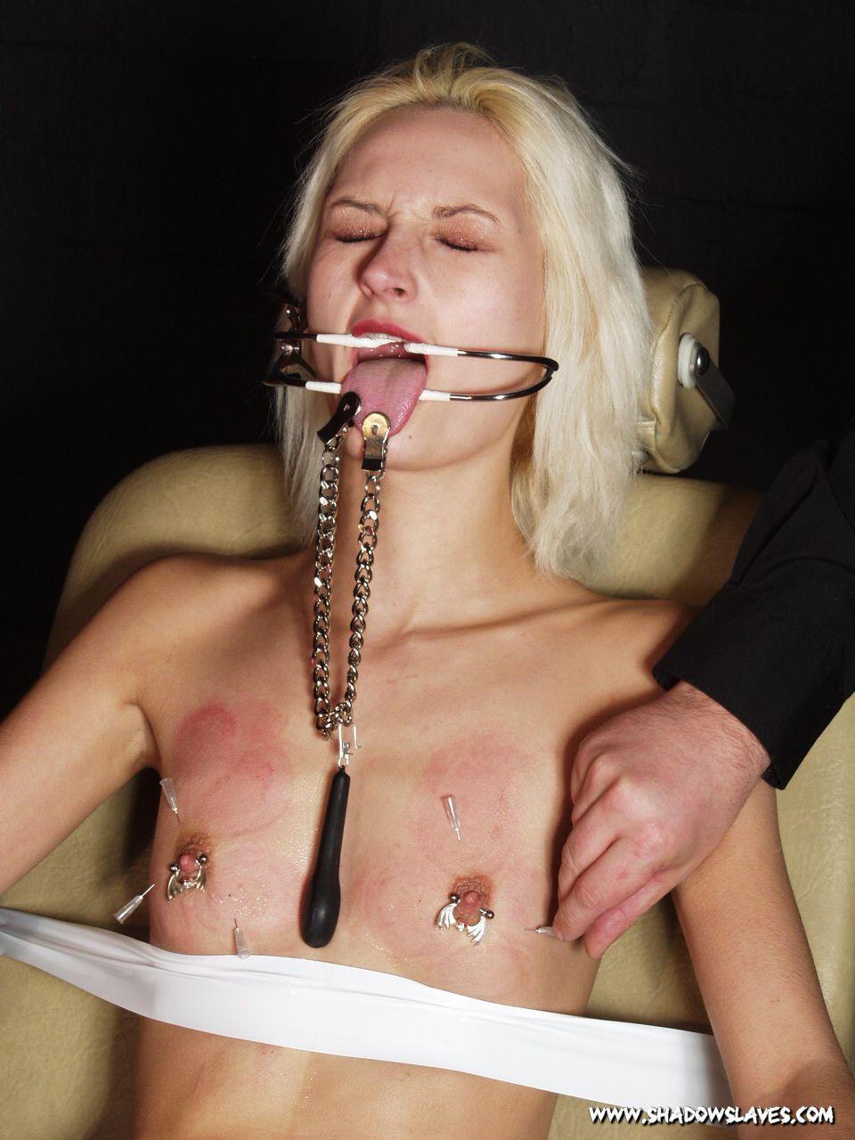 Needles porn pics